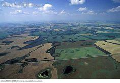 manitoba photos   Aerial of farm fields, Manitoba, Canada