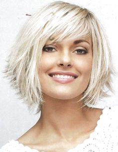 Hairstyles with bangs 11 Awesome Michelle-Williams hairstyles & Haircuts To Inspire You ! Michelle Williams Bob Hairstyles Haircuts For Short Hair With Bangs Short Hair With Bangs, Short Hair With Layers, Layered Hair, Bob With Layers, Blonde Bob With Bangs, Layered Bob With Bangs, Choppy Layers, Short Hairstyles For Women, Hairstyles Haircuts
