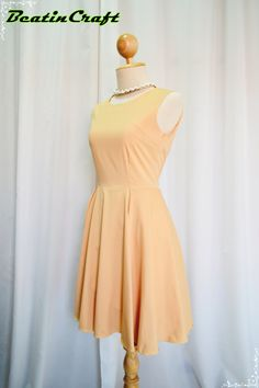 Simply Classic Vintage Peach Apricot Dress Spring by BeatinCraft