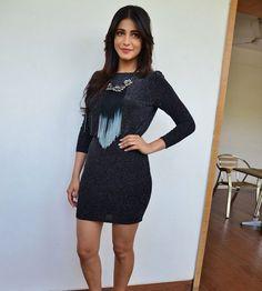 Im proud of #Akshara: #ShrutiHaasan Tamil Movies, Cold Shoulder Dress, Dresses With Sleeves, Long Sleeve, Sweaters, Beauty, Fashion, Moda, Sleeve Dresses