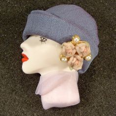 Lady Head Doll Face Porcelain Look Resin Pin Doll Head, Doll Face, Disney Barbie Dolls, Face Jewellery, Doll Makeup, Textile Jewelry, New Dolls, Cute Diys, Head Pins