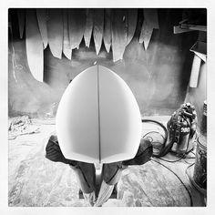 Back to work! #visionary #custommade #surfboard #shaping #madetoorder http://ift.tt/19MEsb6 http://ift.tt/1v0LElc