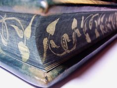 Guestbook by GILD Bookbinders