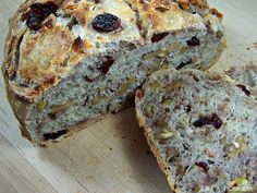 Olla-Podrida: Crusty No-Knead Cranberry Walnut Bread