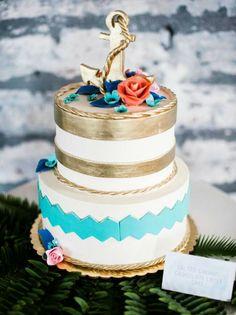 Sweet little under the sea themed wedding cake