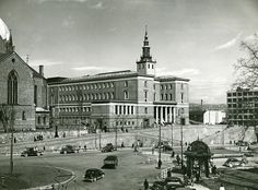 Oslo, Building Front, Old City, Back In The Day, Old Photos, Norway, Paris Skyline, Cities, Public