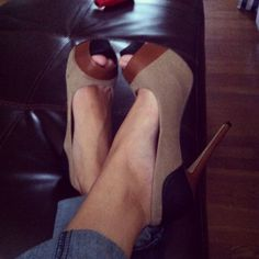 Jessica Simpson shoes Great colors