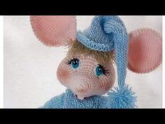 YouTube Crochet Gratis, Crochet Patterns Amigurumi, Crochet Mouse, Crochet Baby, Patron Crochet, Knitted Animals, Crochet Videos, Handmade Toys, Bead Weaving