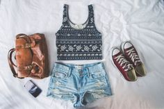 dress shoes shorts bag tank top tribal pattern black white black and white tumblr ootd shirt blouse leither bag cute high waisted acid wash cut denim summer summer outfits flowers washed out faded brown bag aztec aztec crop top denim shorts converse brown old old school school bag t-shirt