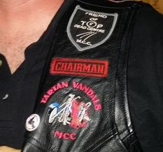 I find that most of the Irish clubs don't have back colors just small patches. Found this on Trixxxters MC facebook.