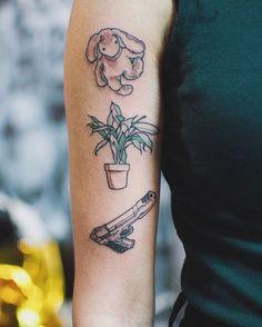 (królik w końcu przestanie wyglądać jak pobity) #tattoo #tattoos #tattooedgirls #bunny #plant #gun #leontheprofessional #leonzawodowiec #art