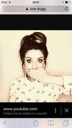 This pic is so old but she still looks great. Zoella, Looks Great, Female