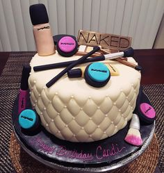 A banana nut, makeup themed cake for a birthday party tonight. I had sooo much fun making the makeup and putting it all together. It came out so much better than I imagined. It's pretty delicious, too! Makeup Birthday Cakes, 20 Birthday Cake, Sweet 16 Birthday, Happy Birthday, 13th Birthday, Fancy Cakes, Cute Cakes, Birthday Cake Girls Teenager, Make Up Cake