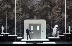 Ball im Savoy (Paul Abraham), Regie: Barrie Kosky, Bühnenbild, Licht, Video: Klaus Grünberg, Kostüme: Esther Bialas, Choreografie: Otto Pichler, Komische Oper Berlin, 2013