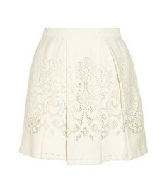 Pleated crocheted lace mini skirt @Pascale Lemay Lemay De Groof