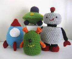 Amigurumi Robots Rockets and UFO's Crochet Pattern por AmyGaines,