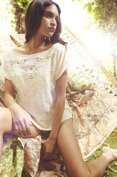 Shell Belle Couture Luxury Lingerie - Bridea - ideas for brides 6f182c4cd