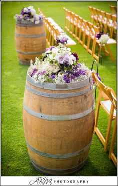 wine barrels, wine theme, wedding aisle