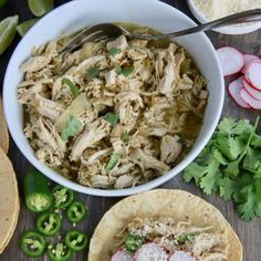 Slow Cooker Chicken Tortilla Soup (Paleo and Whole 30 Approved) - Smashed Peas & Carrots [ad_ Crockpot Chicken Alfredo, Chicken Tortilla Soup, Slow Cooker Chicken, Chicken Tacos, Bbq Chicken, Rotisserie Chicken, Caviar Recipes, Baked Spaghetti Squash, French Dip