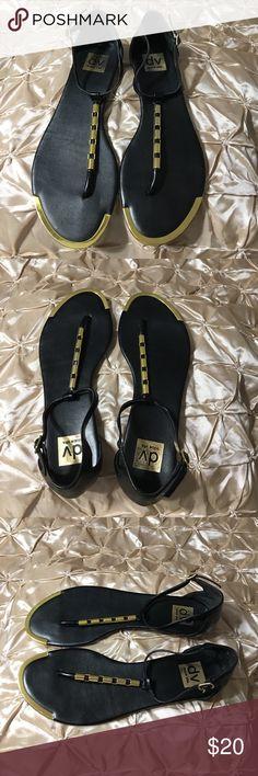 Dolce Vita Black/Gold Thong Ankle Strap Sandals Dolce Vita Black/Gold Thong Ankle Strap Sandals Size 9.5 Dolce Vita Shoes Sandals