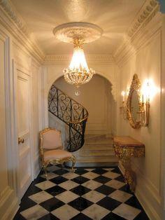 Petit Tresor entrance hall