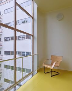 Paimio Sanatorium Alvar Aalto - T Magazine - Fabrice Fouillet Photography Alvar Aalto, Real Estate Houses, Home Studio, Interior Design Studio, Wood Table, Room Inspiration, Home Goods, Illustration, Furniture Design