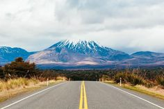 iwonapinkowicz So we have made it to North Island and this is the view that greeted us 🌋 Mt Ngauruhoe aka Mount Doom from the Lord of the Rings film is 2287m high and last erupted in 1975. Unfortunately we weren't able to hike to see it up close due to poor weather but we were happy to see it at least once! 😊💙🌍💚