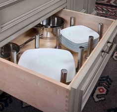 Criner Remodeling uses Greenfield Cabinetry for Kitchen Storage & Organization in Hampton Roads, VA