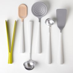 Smool Kitchen Tools: Magnetic cooking utensils keep your kitchen clutter-free and looking good