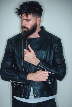Beard Suit, Beard Look, Sexy Beard, Short Hair Undercut, Undercut Hairstyles, Great Beards, Awesome Beards, Beard Styles For Men, Hair And Beard Styles