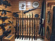 wood-panel-walls-gun-room-design-ideas