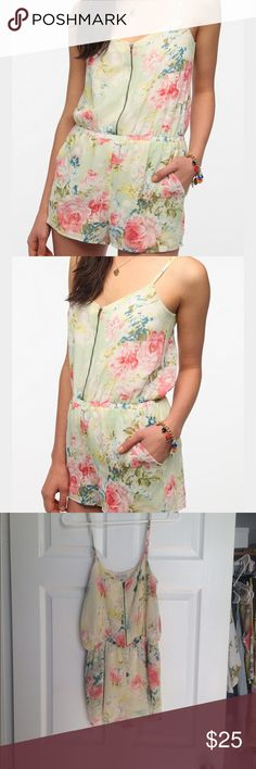 Lucca Couture Floral Romper Cute Floral Romper, with zip up detail. Lucca Couture Other