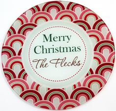 Looking for something special to give a friend or relative for Christmas? Our personalized holiday-themed glass cutting boards make a great hostess gift, or perfect for your own home. These are so nice, you can use it as a cheese board.