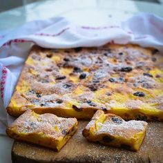 Sugar Free, Fat Free and Guilt Free Simple Apple Cake Recipe Slimming World Cake, Olive Oil Cake, Cure Diabetes Naturally, Apple Cake Recipes, Salty Cake, Cake Tins, Food Cakes, Diet Plans To Lose Weight, Guilt Free