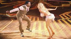 """Dance, Carlton! Alfonso Ribeiro tops 'Dancing With the Stars' premiere. We knew he could swing his arms and move to the music — as long as the music in question is Tom Jones' """"It's Not Unusual."""" But who knew Alfonso Ribeiro, aka Carlton from """"The Fresh Prince of Bel-Air,"""" could jive his way to the top of the leaderboard on """"Dancing With the Stars""""?"""