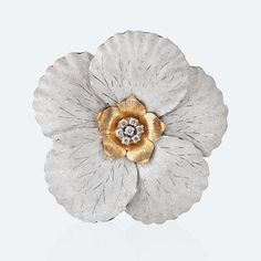 Brooch - Brooch in white and pink gold with diamonds