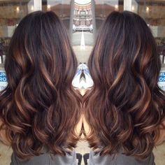 Golden caramel balayage on her dark brown hair . I want to try the balayage method of hair color. Hot Hair Colors, Cool Hair Color, Indian Hair Color, Ombré Hair, New Hair, Curls Hair, Red Curls, Brown Curls, Shatush Hair