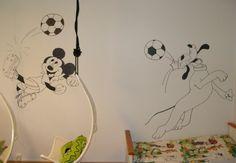 Lasten huoneen maalaukset muutaman vuoden takaa