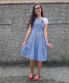 """2,279 curtidas, 43 comentários - Renda & Pérolas ✡ (@rendaeperolas) no Instagram: """"Finalmente chegou meu vestido de vichy da lojinha mais amor de Fortaleza, a @usecasulo ❤ Como vocês…"""" Modest Dresses, Modest Outfits, Skirt Outfits, Casual Dresses, Frock Fashion, Modest Fashion, Fashion Dresses, Cute Church Outfits, Cute Outfits"""