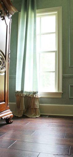 Ways to turn your house into a vintage home Part Two — Ellie & Elizabeth French Country House, French Country Decorating, Baseboards, Slipcovers, Window Treatments, Kitchen Remodel, Building A House, Family Room, Upholstery