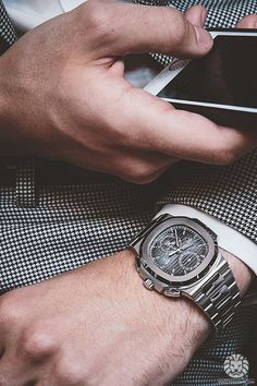 Stunning Patek Philippe Nautilus 5990.More of our footage at WatchAnish.com.
