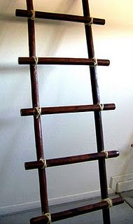 DIY blanket ladder - like the idea I could make my own....hard to find the old wooden ladders anymore.