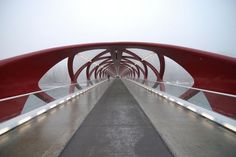 Santiago Calatrava, the Peace Bridge in Calgary, Canada