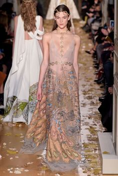 Valentino Spring 2016 Couture | WWD