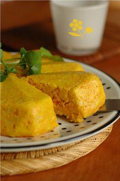 Terrine aux carottes, emmental et curry
