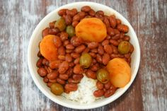 Puerto Rican Rice and Beans (Habichuelas Guisadas) (incl sofrito recipe) Puerto Rican Beans, Puerto Rican Dishes, Puerto Rican Cuisine, Rice And Beans Recipe Puerto Rican, Cuban Recipes, Dinner Recipes, Spanish Recipes, Boricua Recipes, Dinner Ideas