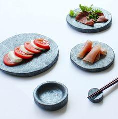 Tsuki Tableware collection by Satoshi Umeno of umenodesign