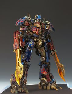 Best Transformers Toys, Optimus Prime Transformers, Transformers Cybertron, Arte Robot, Armor Concept, Drawing Reference Poses, Amazing Spiderman, Gundam Model, Breitling