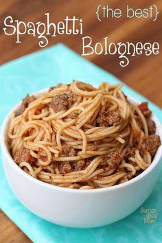 the best spaghetti bolognese recipe via SuperGlueMom.com
