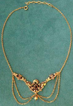 Ancien-collier-ras-du-cou-chaines-metal-dore-bronze-pierres-noires-vintage-neuf